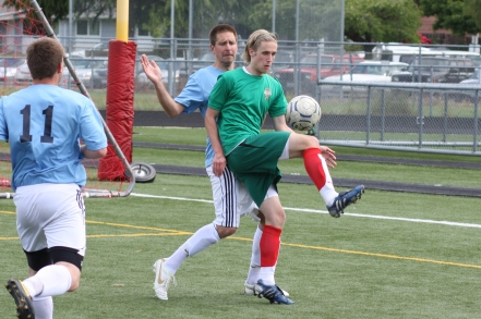 Tumwater's Corey Johnson and Olympia's Bryce Brown battle in 2012 tourney